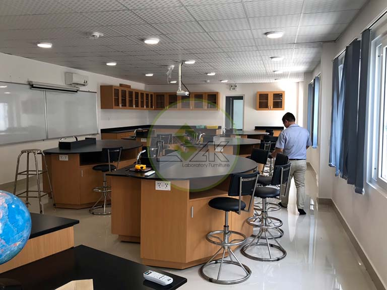Phòng thí nghiệm trường Saigon Star International School