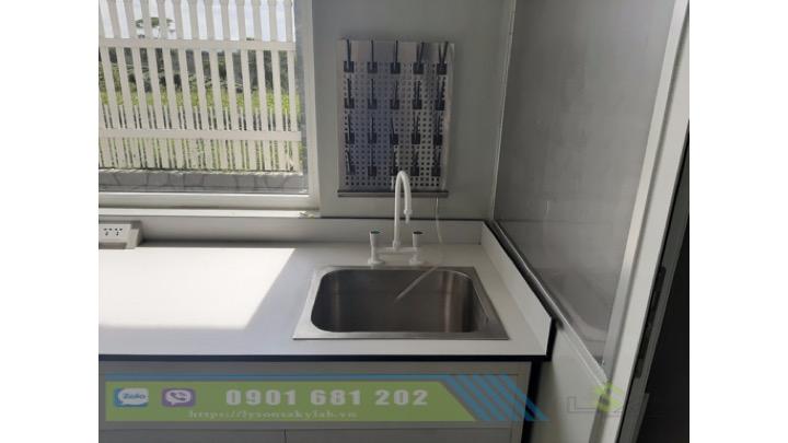 Vòi rửa nóng lạnh phòng thí nghiệm