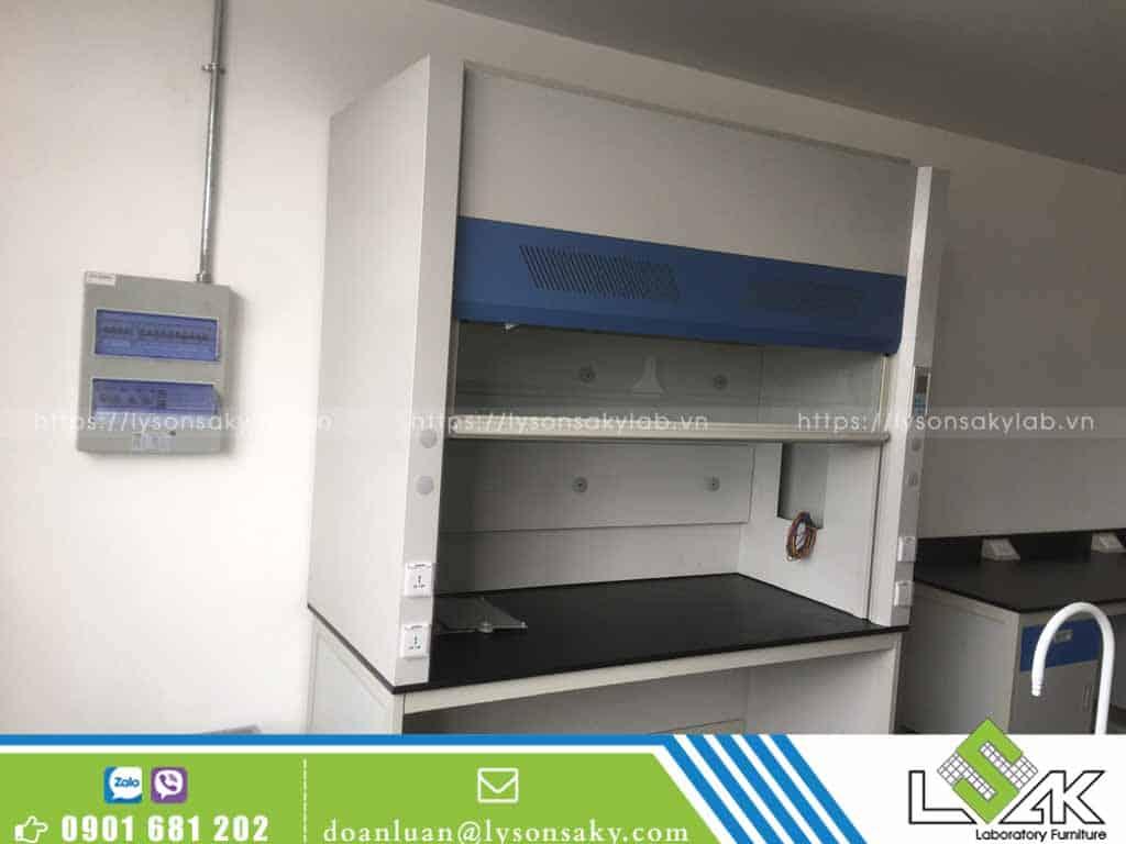 Tủ hút khí độc phòng thí nghiệm công ty Sinoma Nhơn Trạch