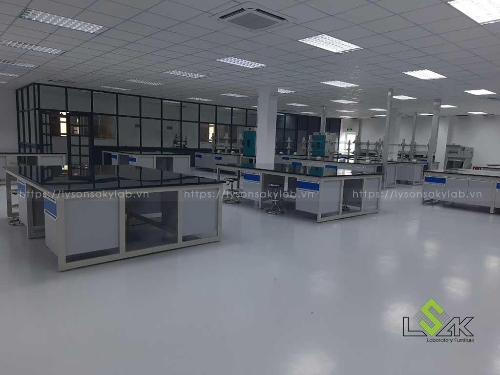 Bàn giao nội thất phòng nghiên cứu phát triển sản phẩm Công ty Coronet
