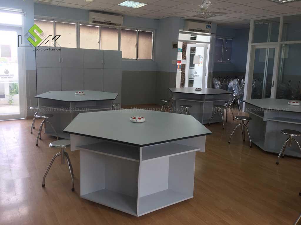 bàn giao nội thất phòng thí nghiệm trường học ở Đồng Nai