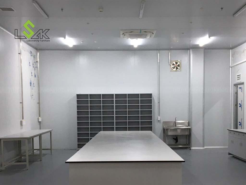Thiết kế thi công nội thất phòng Lab thực phẩm tại Bình Thuận