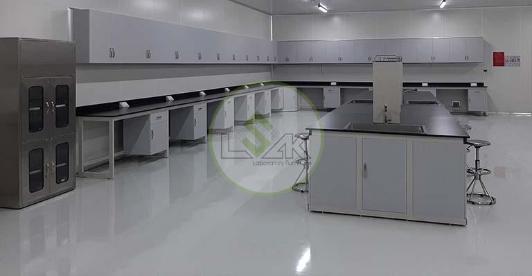 Phòng lab vi sinh trang trại bò sữa công nghệ cao