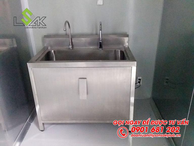 Bồn rửa tay nhấn gối bằng Inox 304 chất lượng cao